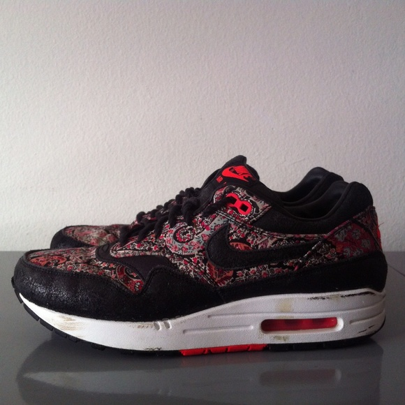 new style a6ec0 09173 Nike Women s Air Max 1 Liberty London Red. M 576b73a62de512944d00c6b4