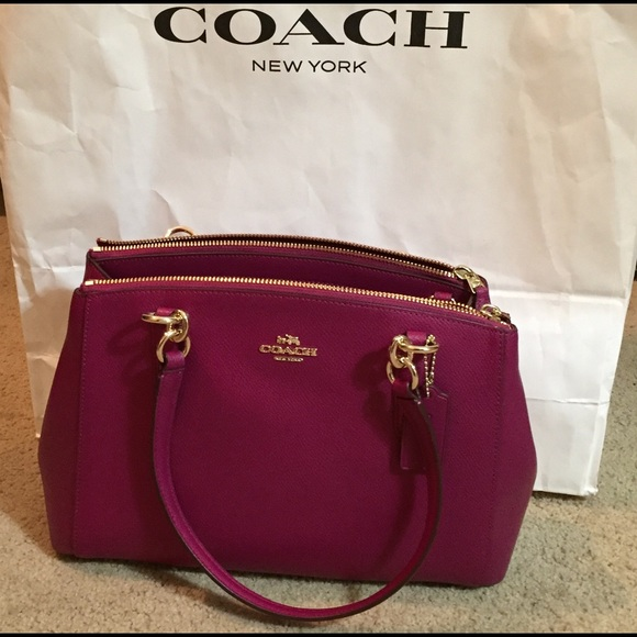 coach usa outlet online store 7fdt  fuschia coach purse