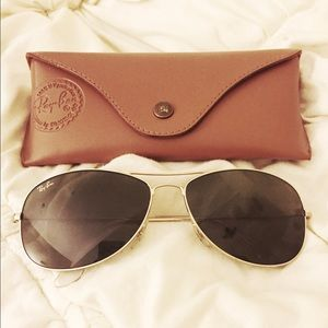 Authentic Ray-Ban gold frame aviators
