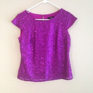Sequin capped sleeve top