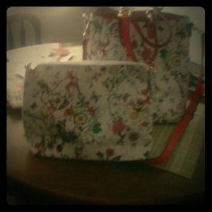 Handbags - Large travel purse