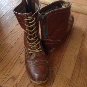 Combat zipper ankle boots