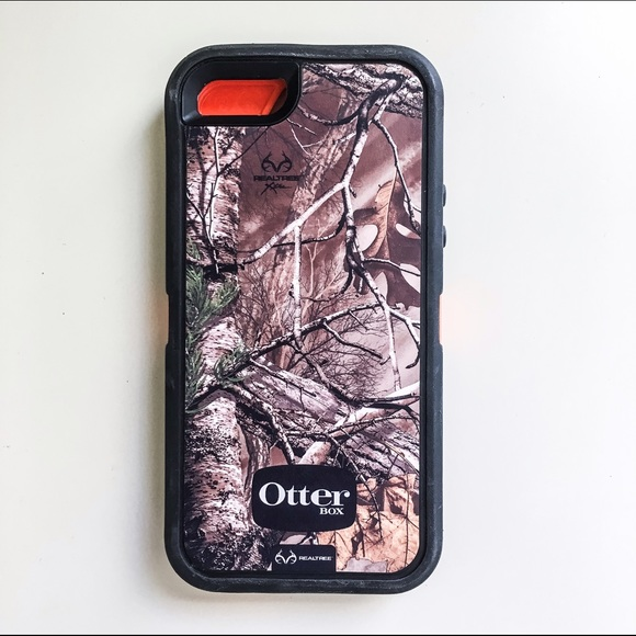 pretty nice c9154 1ebf5 Realtree Xtra OtterBox Defender iPhone 5S Case