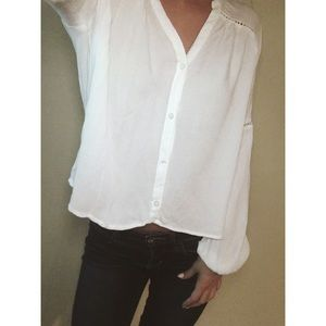 Off-White Hollister Peasant Style Button Blouse!