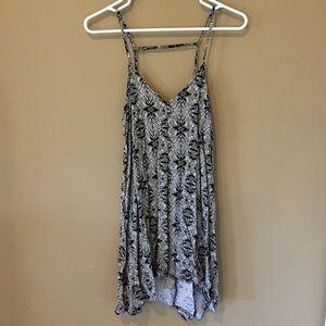 Mimi Chica Dresses & Skirts - Hi-low dress