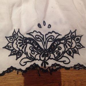 Dresses - White sun dress with black details.