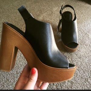 Forever 21 Peep-Toe Heels Size 7