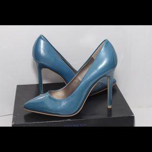 ELEGANT❤️🎀❤️  FRH BRAND NWOT  Blue Shoe