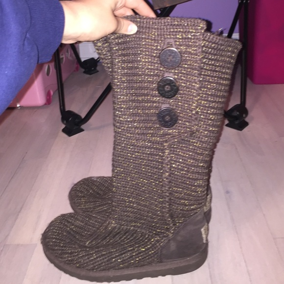 d98b1189b51 Knitted Ugg Boots With Coloured Buttons - cheap watches mgc-gas.com