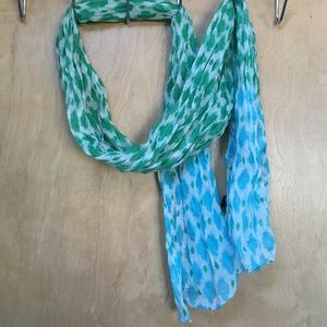 2 Chic Accessories - 2 Chic Scarf