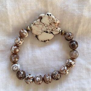 Jeweled bracelet