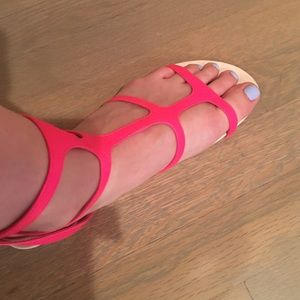 Dolce Vita Shoes - Neon Pink Dolce Vita Sandals!