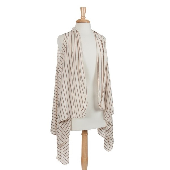 Accessories - 🏝👚Cream & Brown Striped Vest