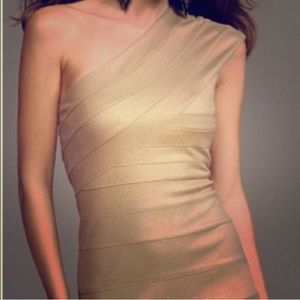 Stunning ❤️ Golden 1-Shoulder Dress