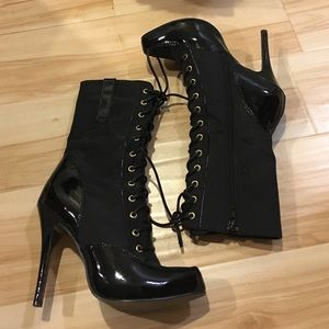 Sexy lace up boots