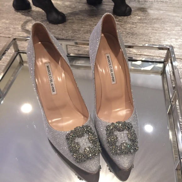 47 Off Manolo Blahnik Shoes 🎀hp🎀authentic Manolo