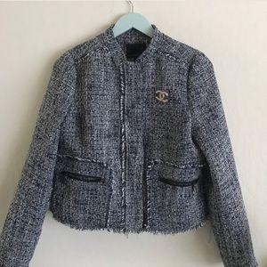 Banana Republic Jackets & Blazers - 💕HOST PICK💕 Tweed blazer w/fringe