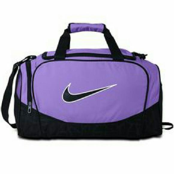 683d835328af  SALE  Purple Nike Duffel Bag. M 576cf1ca7f0a0565ec033382