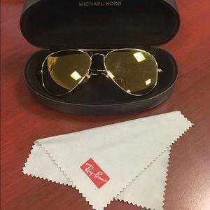 1011af0812a7 Michael Kors Accessories - Michael Kors Aviator Sunglasses