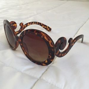 discount prada wallet - Prada - FAUX Prada sunglasses from Sara\u0026#39;s closet on Poshmark
