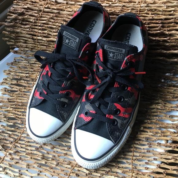 Converse All Star red black camo Women's 8 sneaker