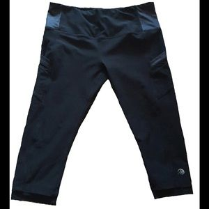 71% off mpg Pants - Black side pocket mpg sport capri workout ...