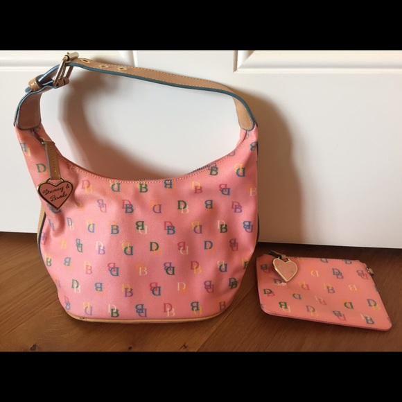 Nike Purse With Matching Shoes And Wallet