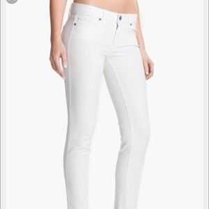 White skinny jeans Paige size 30
