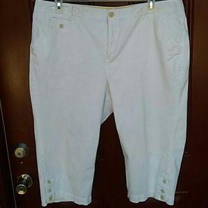 Capri White Pants Plus Size!!!!