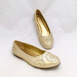Pierre Dumas Shoes - Pierre Dumas Gold Flats