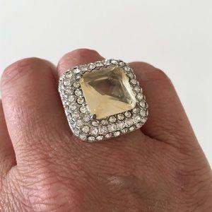 Rinestone ring