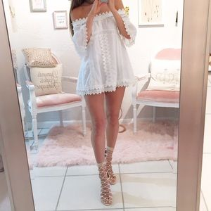 Style Mafia Off the shoulder lace top