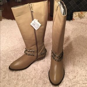 Anna Scholz Shoes - 🎉NWT Anna Scholz Wide fit studded boot!🎉