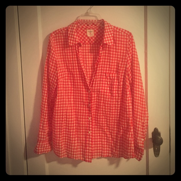 Gap tops red and white checkered button down shirt for Red and white button down shirt