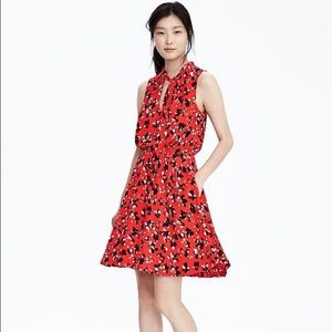 Banana Republic Tie Neck Dress