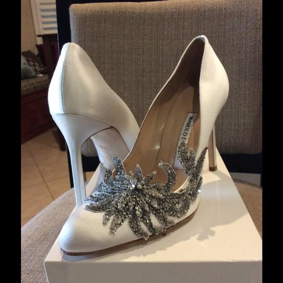 d5d85630fa1c0 Manolo Blahnik Shoes | Swan Satin | Poshmark