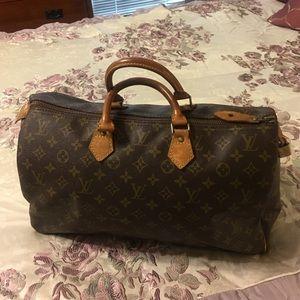 Louis Vuitton Handbags - Speedy 40 Authentic