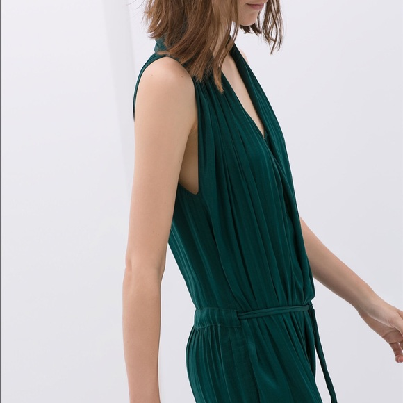 02064291124 Draped front jumpsuit in green. M 576e96dd620ff7344b002695