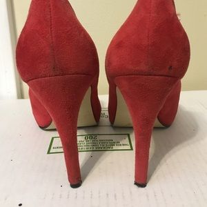 Guess Shoes - Guess - red suede peep toe heels sz 8.5