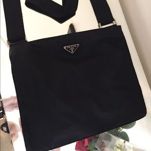 MAKE OFFER Authentic Prada Bag