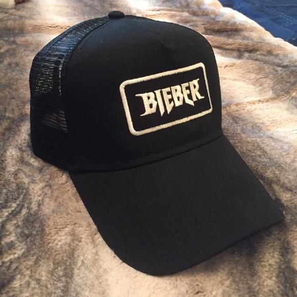 e5dda5d4b3f Justin Bieber Purpose World Tour Trucker Hat. M 576ec4f4620ff7e6080081fd