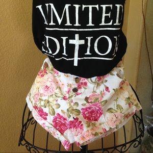 Floral short short and tee shirt