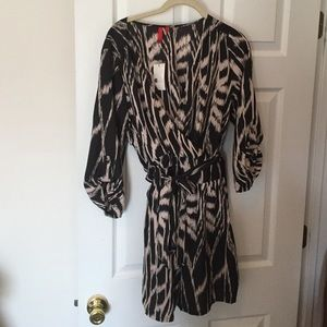 Cute nude and black romper Large from 5 48