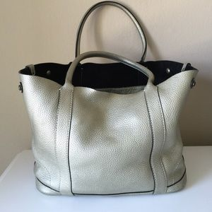 J. Crew Handbags - J.crew uptown tote in pewter/gold leather