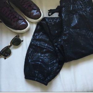 Fabletics Black Pattern Sweats