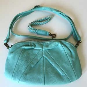 Deena & Ozzy Handbags - Adorable turquoise cross body or wristlet
