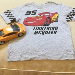 Old Navy Disney Lightning McQueen top.🏎 🚕🚗🚘🏁