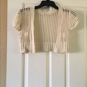 Beige short sleeve jacket