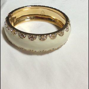 Stella dot cream crystal hinged bracelet new