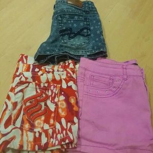 Rocawear Other - 3 pair of Girls shorts